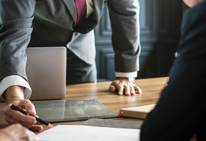 客户经理前期接洽专业讲解图